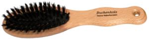 Vildsvinsborste, ljust trähandtag med 6 radig, oval borste med välvd borst. Fickmodell, storlek 40*190 mm. 85:-